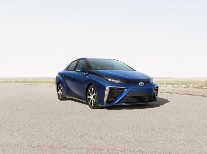 MS_Fuel_Cell_Sedan.jpg