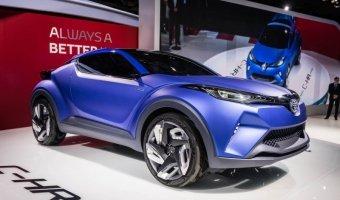 Концерн Toyota представил в Париже концептуальный субкомпактный кроссовер Toyota C-HR