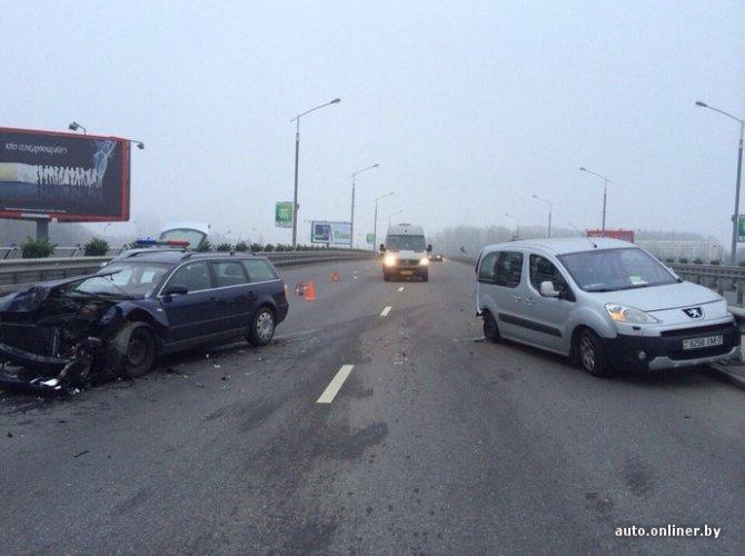 ДТП в Минске - наезд на препятствие