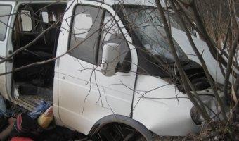 В Свердловской области ВАЗ-2112 столкнулась с маршруткой