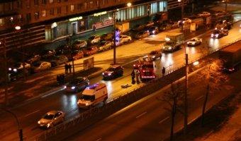 ВСанкт-Петербурге наНародной улице сбит пешеход