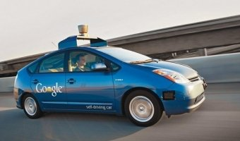 Google: первый работающий прототип автомобиля-беспилотника