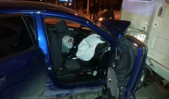 Hyundai Solaris врезался в маршрутку