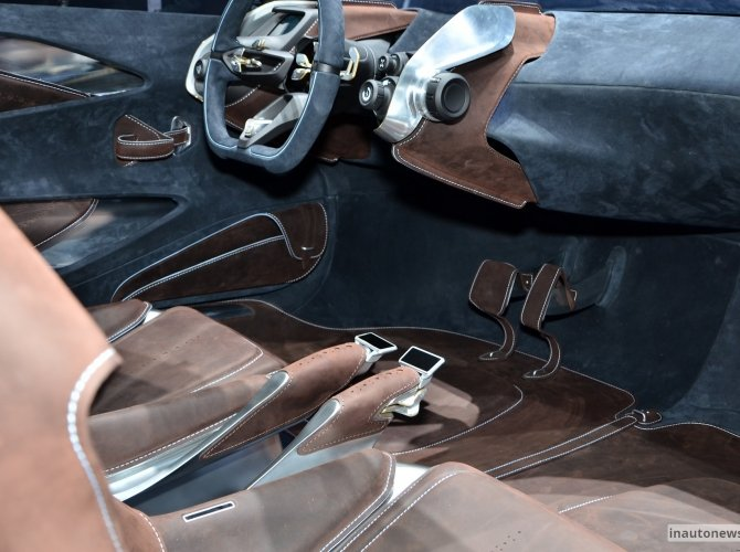 Aston-Martin-DBX-Concept-Live-Geneva-2015-28.jpg