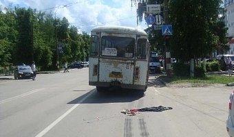 В Арзамасе под колесами автобуса погибла трехлетняя девочка