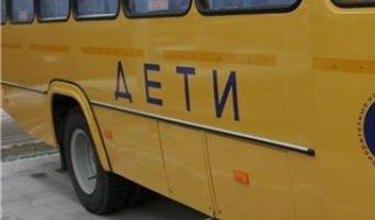 Под Зеленоградском столкнулись бетоновоз и школьный автобус