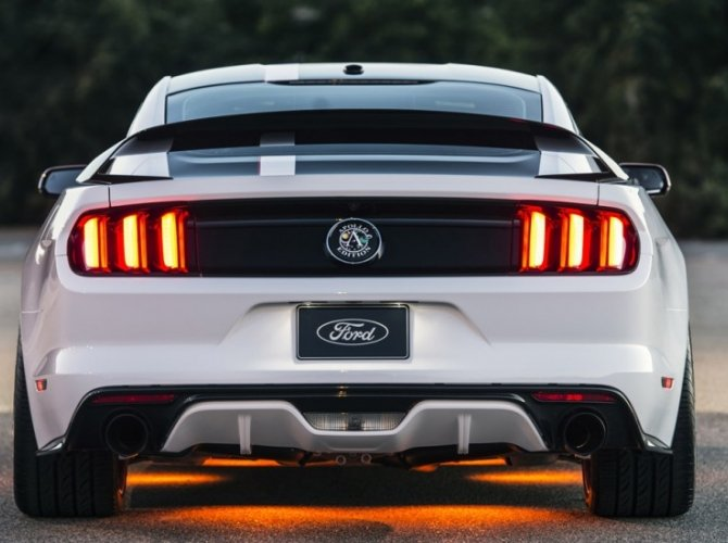 Ford Mustang Apollo Edition 9.jpg