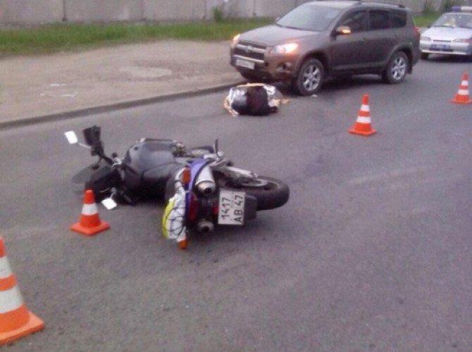 дтп мотоцикл санкт-петербург девятого января.jpg