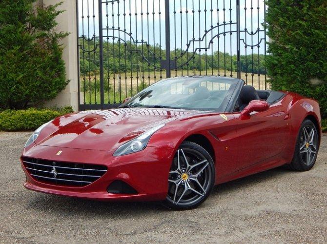 Ferrari California T 1.jpg