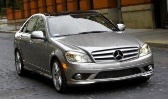 Mercedes-Benz C200 4MATIC