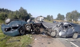 Под Вологдой в тройном ДТП погибли шесть человек