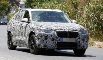 семиместный гибрид BMW X1