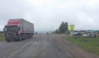 В Татарстане в автоаварии погибли два ребенка