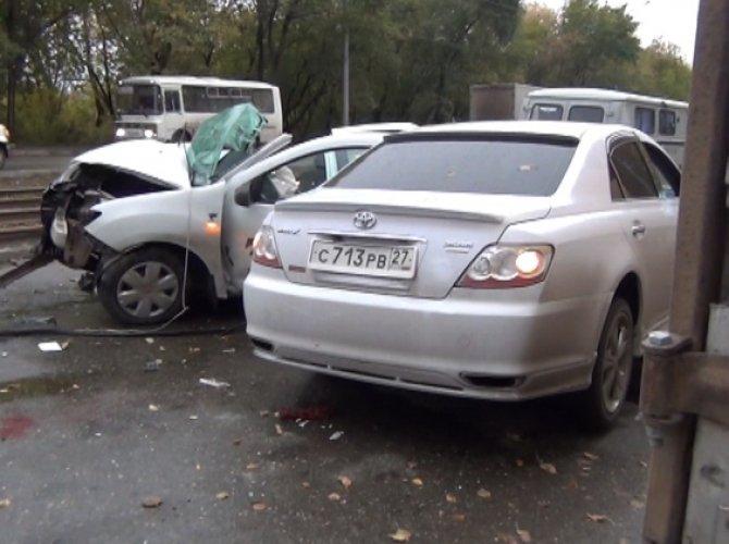 В ДТП с такси в Новосибирске погибли три человека 3.jpg