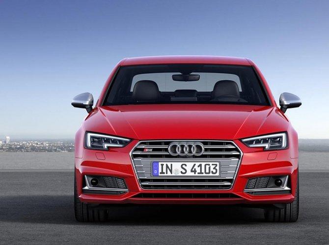 Audi S4 4.jpg
