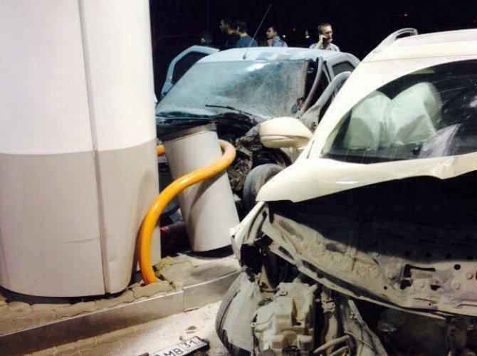 В Белгороде пьяная 19-летняя девушка на Lexus врезалась в АЗС, уходя от погони 8.jpg
