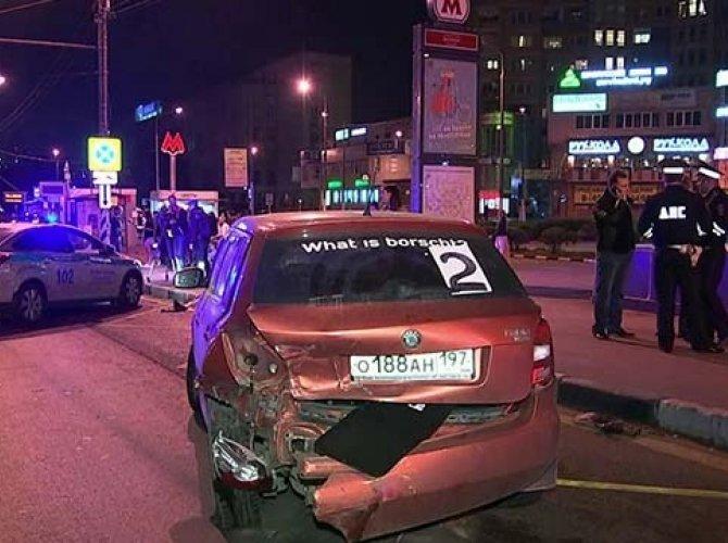 пьяный водитель дтп остановка в Москве 2.JPG