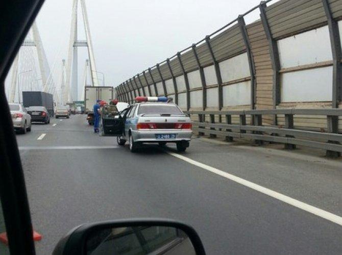 Мужчина умер за рулем на Большом Обуховском мосту 1.jpg