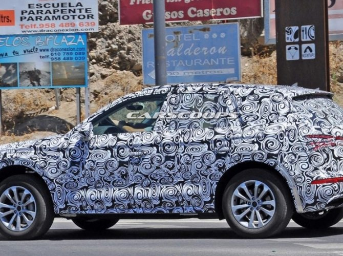 Audi Q5 2017 модельного года 2.jpg