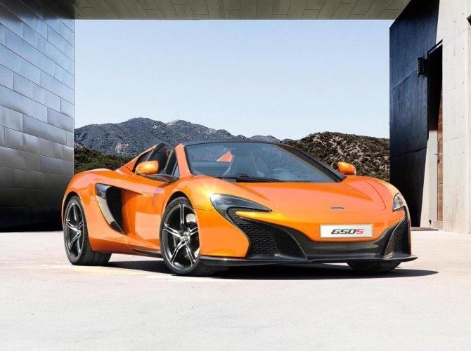 McLaren 650S 4.jpg