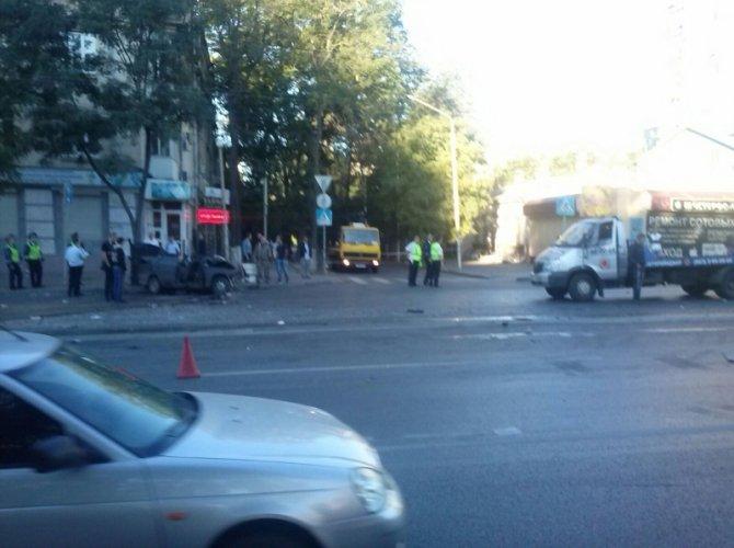 Три человека погибли в ДТП в центре Ростова-на-Дону 1.jpg