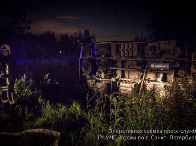 Под Петербургом в ДТП с маршруткой погиб человек 3.jpg