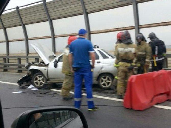 Мужчина умер за рулем на Большом Обуховском мосту 2.jpg