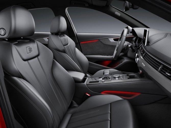 Audi S4 1.jpg