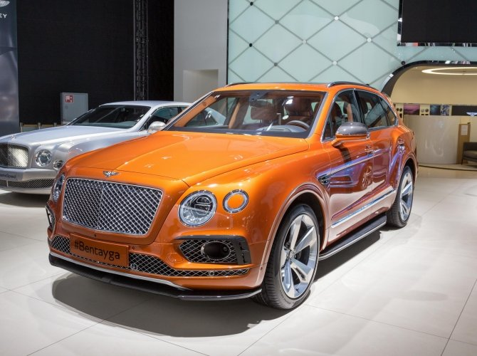 Bentley Bentayga 2.jpg