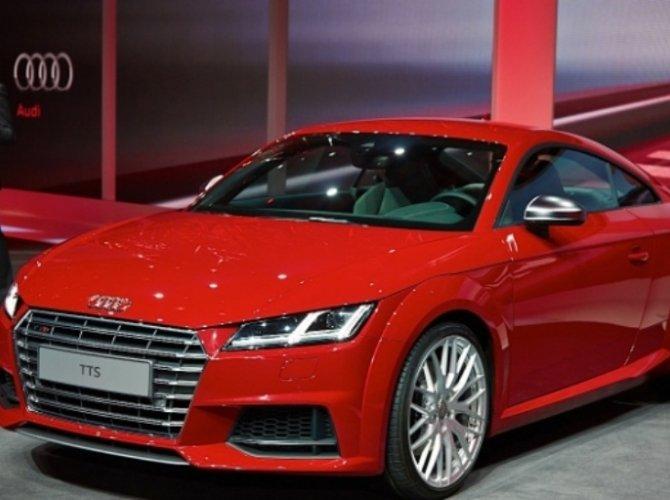 2015-Audi-TTS-Coupe-12.jpg