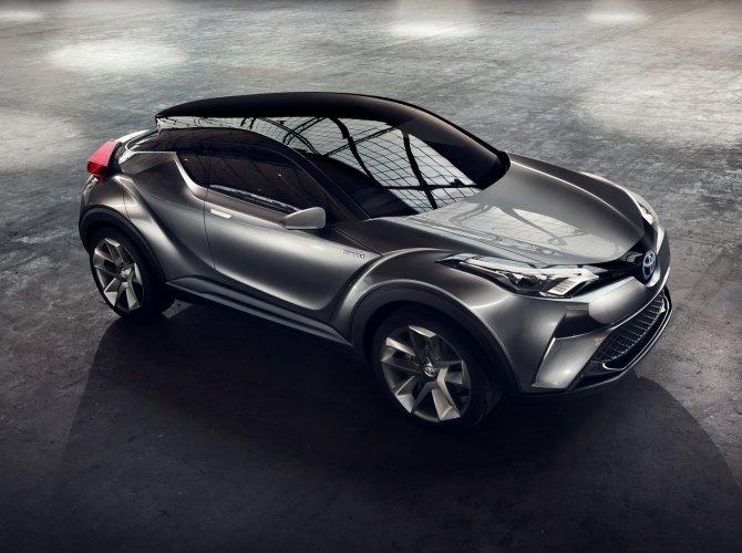 Toyota CH-R 6.jpg