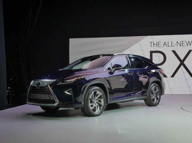 Lexus RX 1.jpg