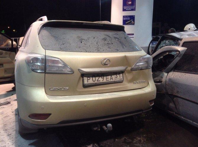 В Белгороде пьяная 19-летняя девушка на Lexus врезалась в АЗС, уходя от погони 4.jpg