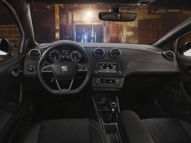хэтчбек SEAT Ibiza Cupra 1.jpg