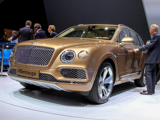 Bentley Bentayga 2.jpg
