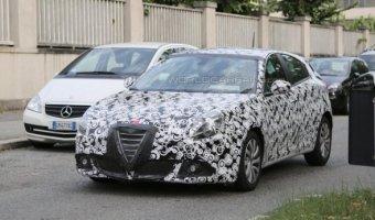 Фотошпионы выложили снимки рестайлинговой Alfa Romeo Giulietta