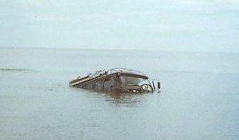 Под Тюменью трое подростков утонули в автомобиле