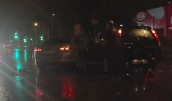ДТП - столкновение двух автомобилей