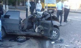 Три человека погибли в ДТП в центре Ростова-на-Дону, еще двое ранены