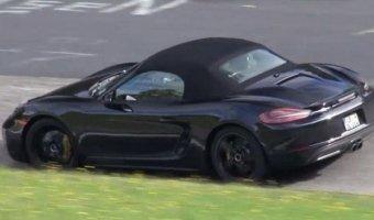 Появилось видео с тестов нового Porsche Boxster S