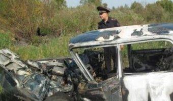 В Кемеровской области в ДТП заживо сгорел водитель