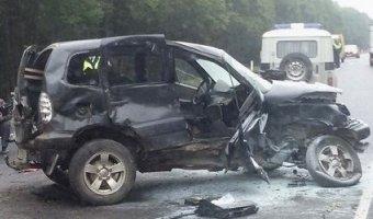 На трассе «Нарва» два человека погибли в ДТП