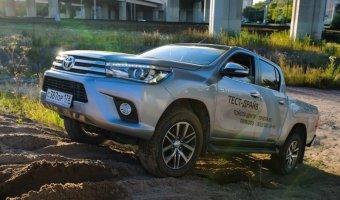 Восьмое поколение легендарного пикапа Toyota Hilux представлено дилерами
