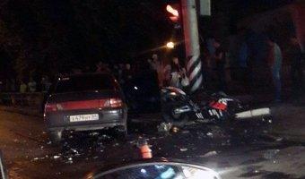 В Саратове погибли байкер и его пассажирка