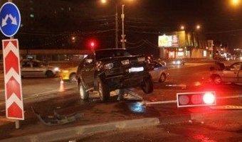 На юге Москвы в ДТП пострадали три человека