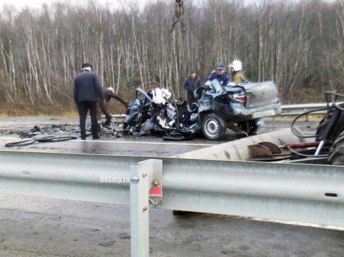 Под Мурманском в ДТП погибли три человека на Lada Granta 1.jpg