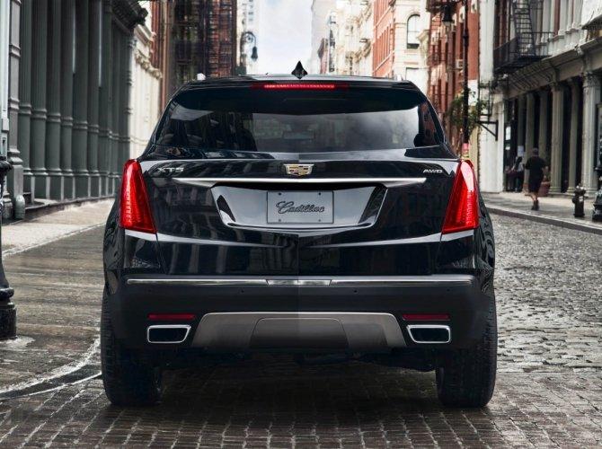 Cadillac XT5 2.jpg