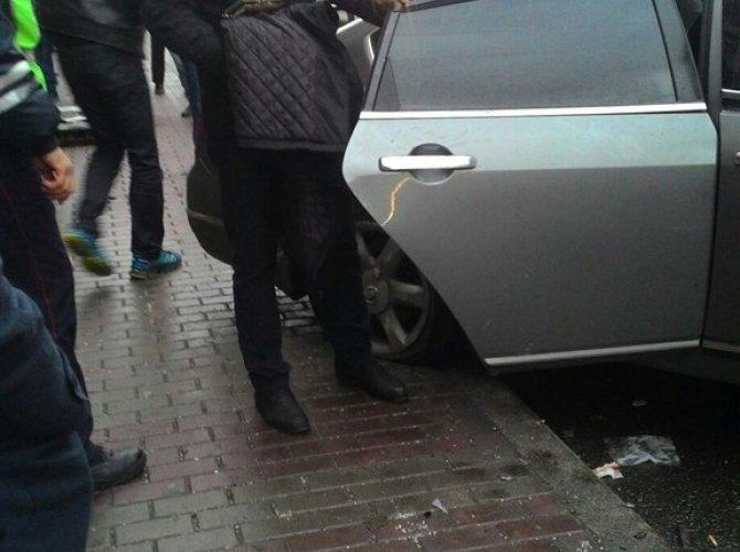 В Санкт-Петербурге водитель уснул за рулем и сбил пятерых пешеходов 8.jpg