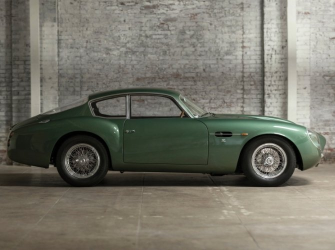 Aston Martin DB4 GT Zagato 3
