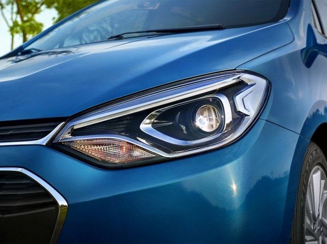 Chevrolet Lova RV 2.jpg